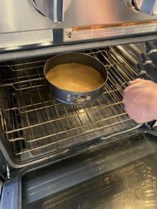 Baking cheesecake crust
